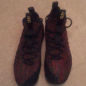 Unworn Nike Lebron Xv 15 Sz 11